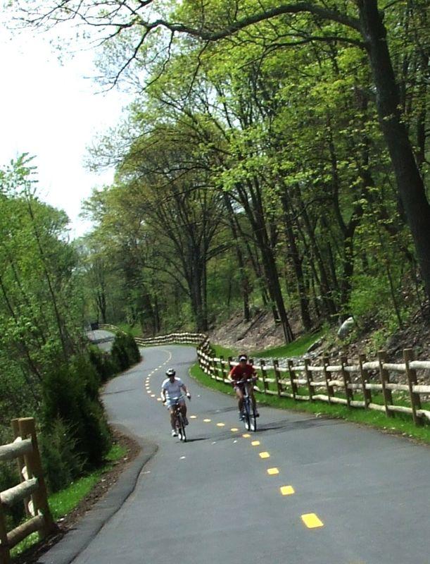 Blackstone River Valley Bikeway Visitrhodeisland Rhode Island