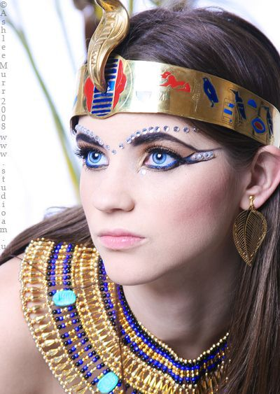 Egyptian Glamour. Could use for some ideas for dress up ...