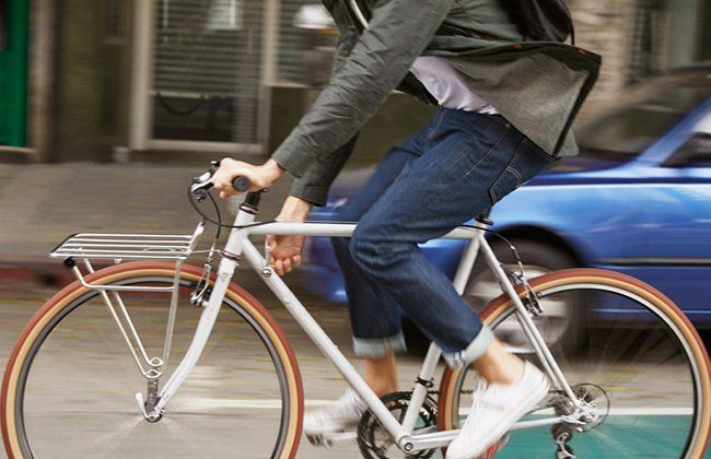 The Best Bike Commuter Clothes For Men Commuter Bike Style