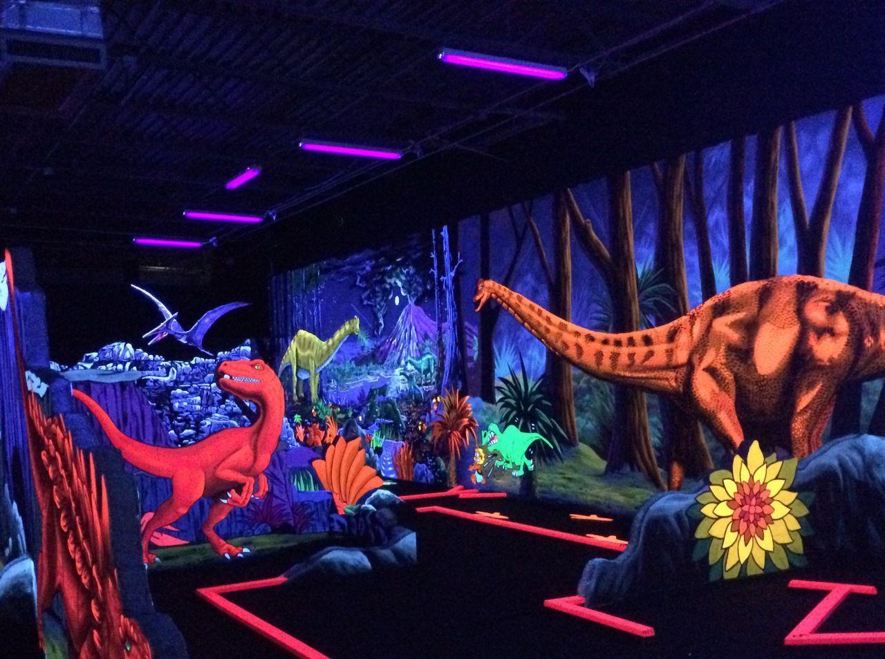 10+ Black light golf and arcade info