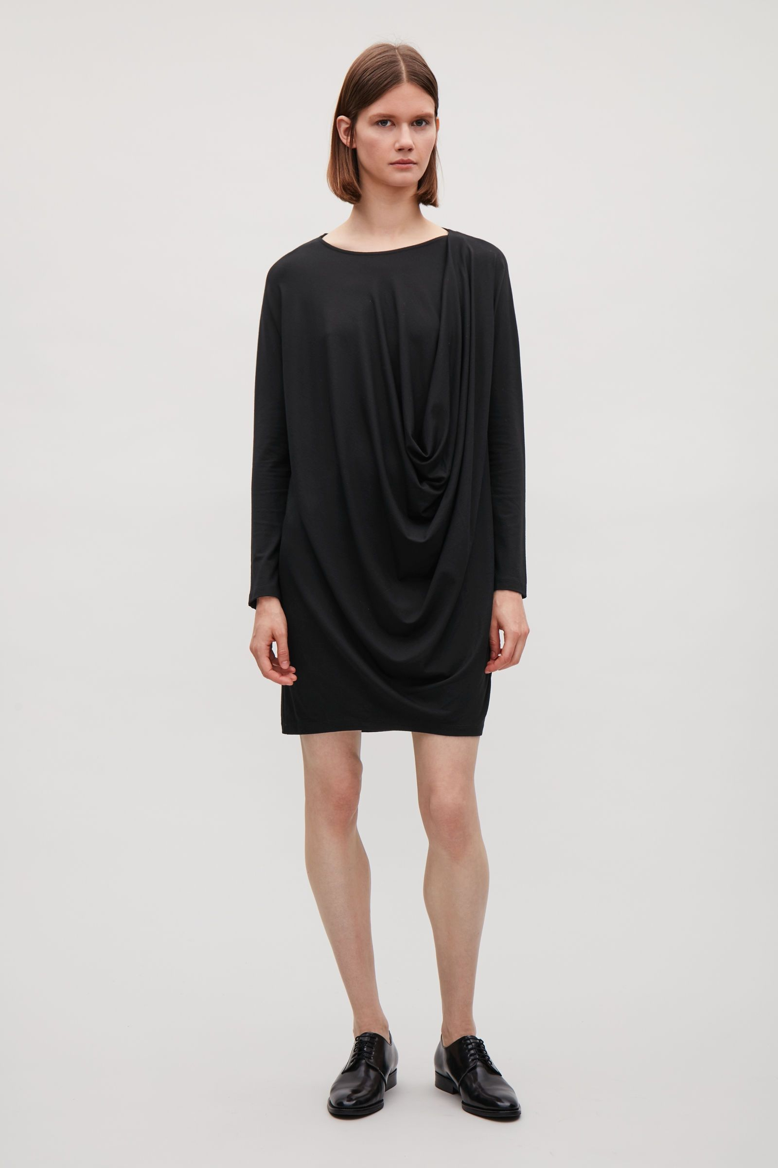 19c40a4342a42 Model front image of Cos draped jersey dress in black