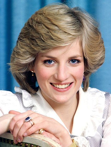 Fabulous 25 Most Iconic Hairstyles Of All Time Beautiful Lady Diana And Short Hairstyles Gunalazisus