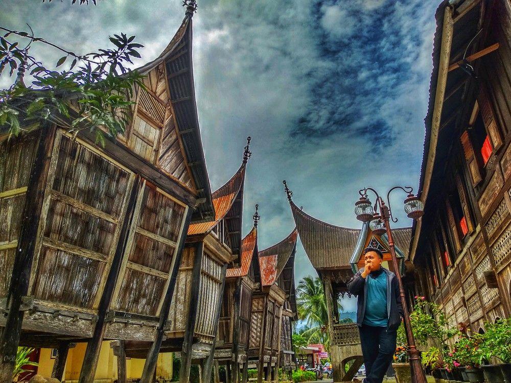 Rumah Adat Terpopuler Di Kawasan Seribu Rumah Gadang Propinsi Sumatera Barat Kabupaten Solok Selatan Tempat