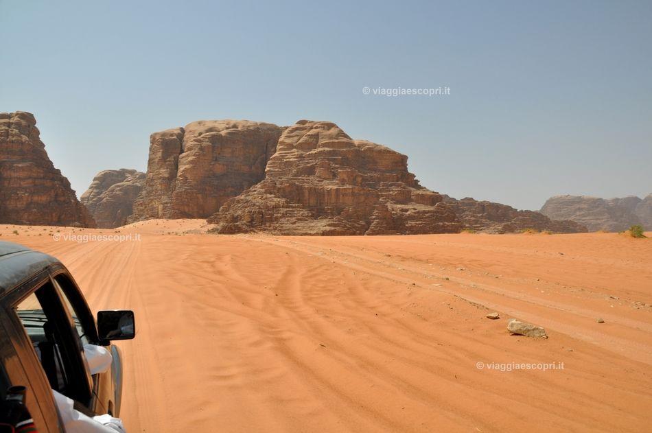 Wadi Rum, vivere l'emozione del deserto in Giordania #wadirum