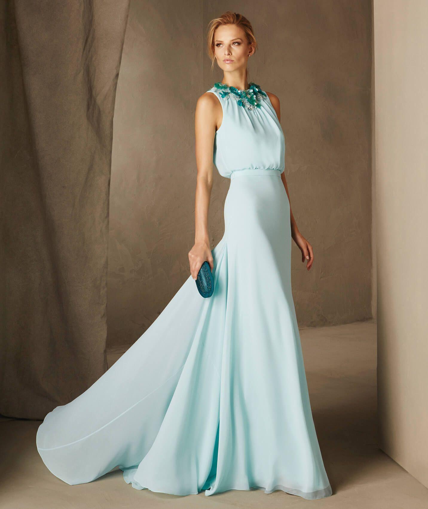 CATANIA - Vestido largo con collar floral Pronovias | vestidos ...