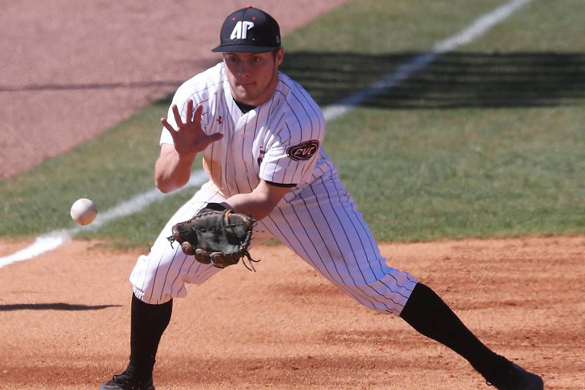 Apsu Baseball S Ovc Tournament Run Ends With 8 4 Loss To Morehead State Clarksville Tn Online Baseball Baseball Team Tournaments