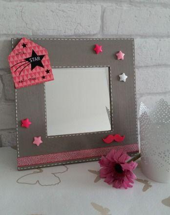 miroir avec cadre en bois idéal pour une chambre de fille à poser