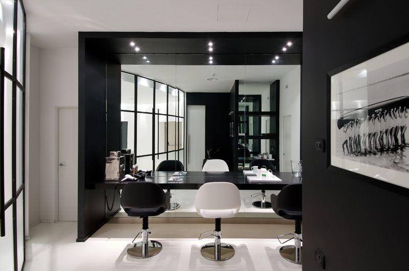 black & white hairdresser salon