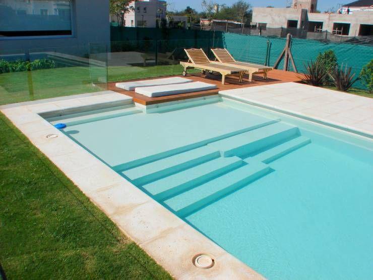 Piscinas familiares de piscinas scualo piscinas for Piletas modernas