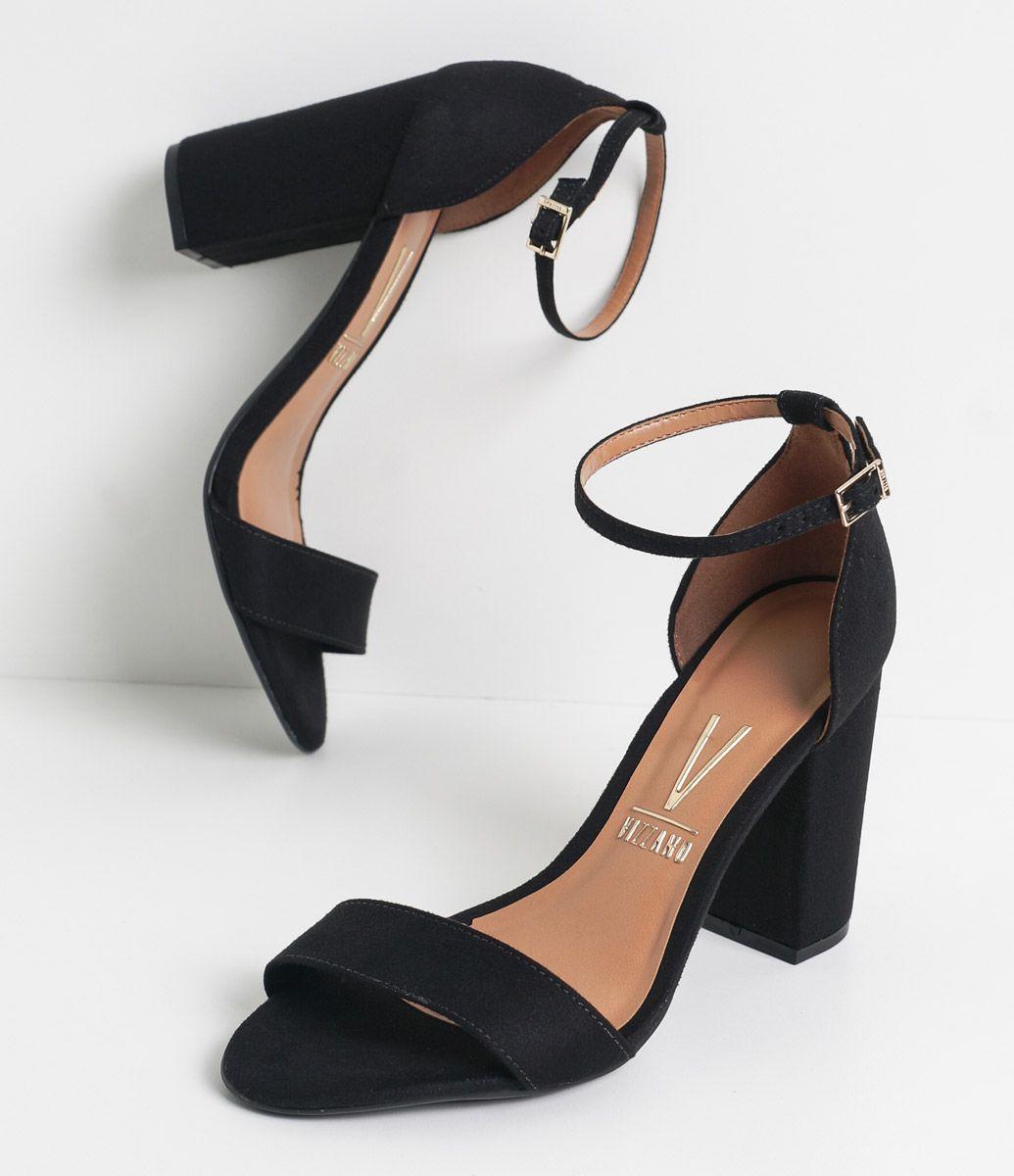 4fa46c874 Sandália feminina Material: sintético Salto grosso Marca: Vizzano COLEÇÃO  VERÃO 2017 Veja outras opções de sandálias femininas. Sobre…