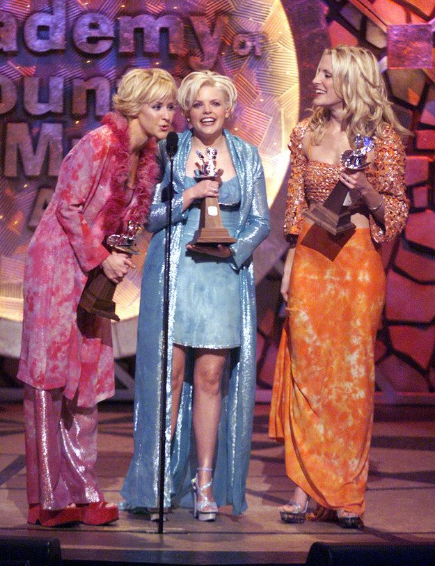 The 31 Most Country Moments That Ever Occurred Dixie Chicks Country Outfits Women Country Girls Outfits