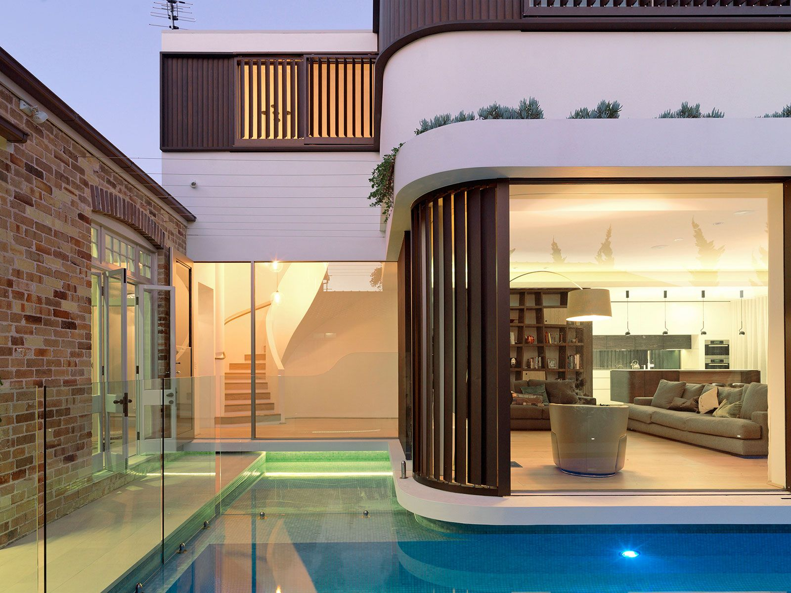 Single storey house plans with indoor pools