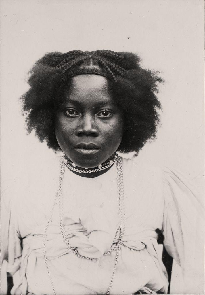 Portrait Of A Sakalava Woman In Madagascar Vintage Black Beauties African Hair History Black Beauties African Hairstyles