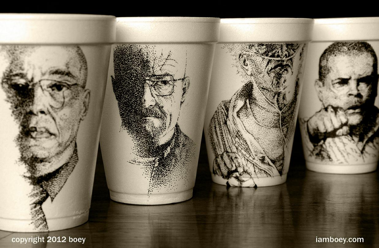Sim, ele desenha em copos mesmo. E são lindos. Conheça o trabalho do Boey. https://www.facebook.com/media/set/?set=a.390235624357403.85606.165353340178967=1
