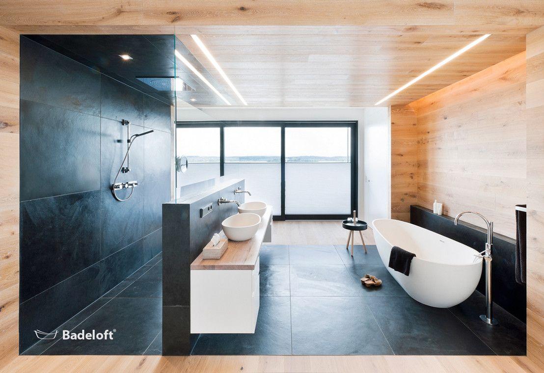 Badezimmer Badewanne ~ Freistehende badewanne im luxuriösen marmor bad badezimmer