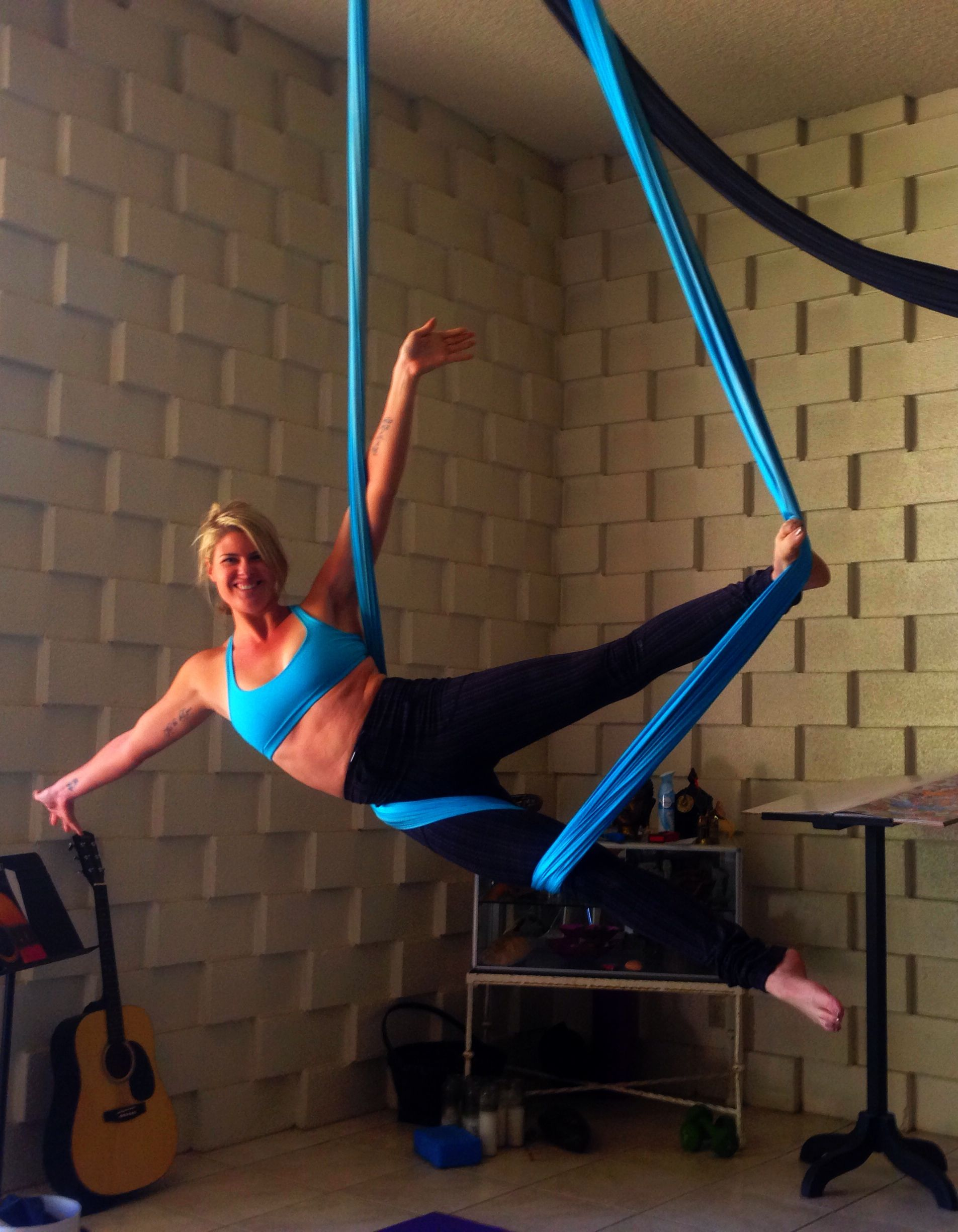 Leg Wrap Roll Dancer Foot Press Aerial Yoga Dance Silks