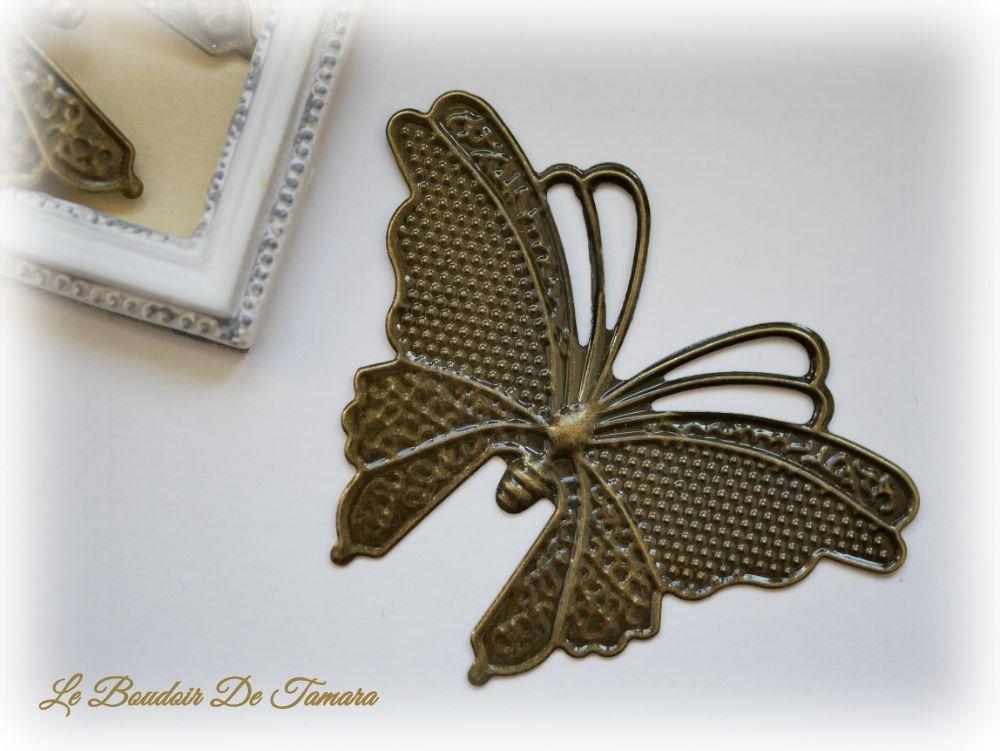 pendentif bronze éventail 17x25 mm