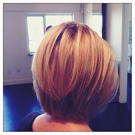 Layered Blonde Bob Hairstyle Jpg 450 Pixels