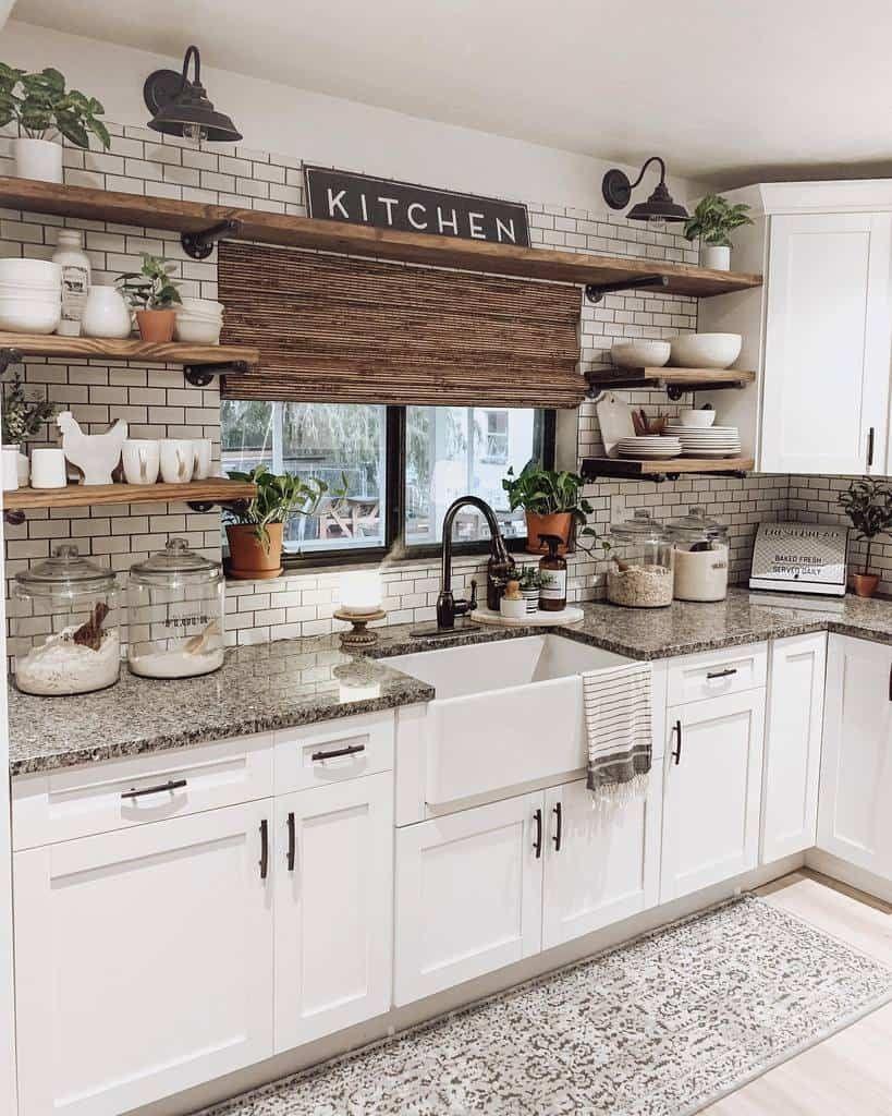 The Top 98 Farmhouse Kitchen Ideas Interior Home And Design In 2021 Small Farmhouse Kitchen Farmhouse Kitchen Inspiration Home Decor Kitchen