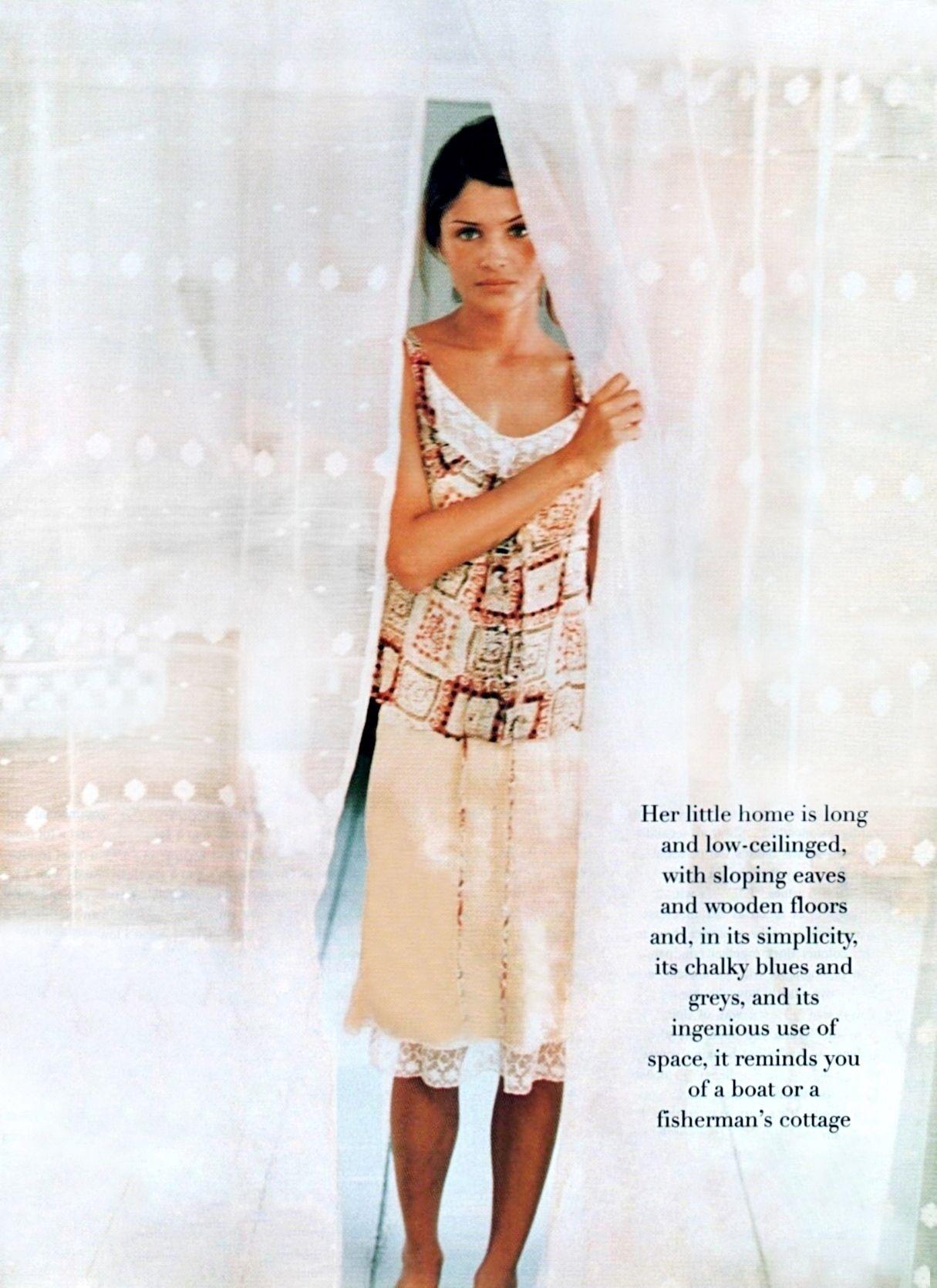 Vogue UK August 20   Helena christensen, Vogue fashion, Fashion ...