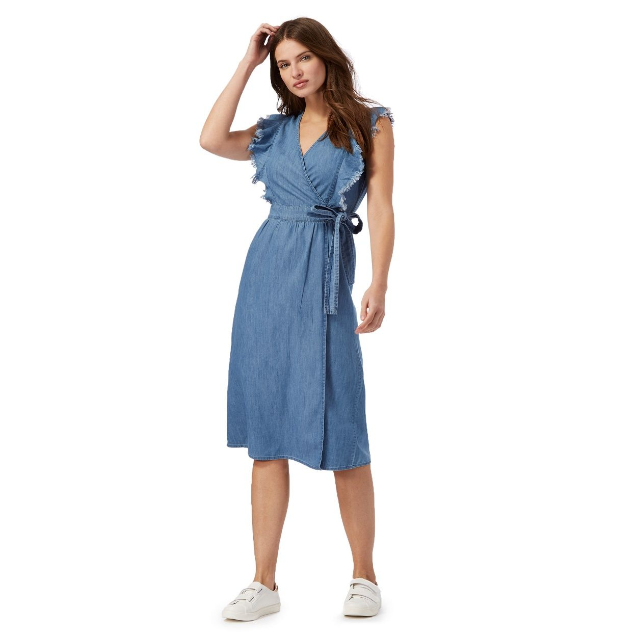 0c3b48060d3 This dress from Red Herring will make a chic update to any weekend capsule.  Designed in Nineties-inspired denim