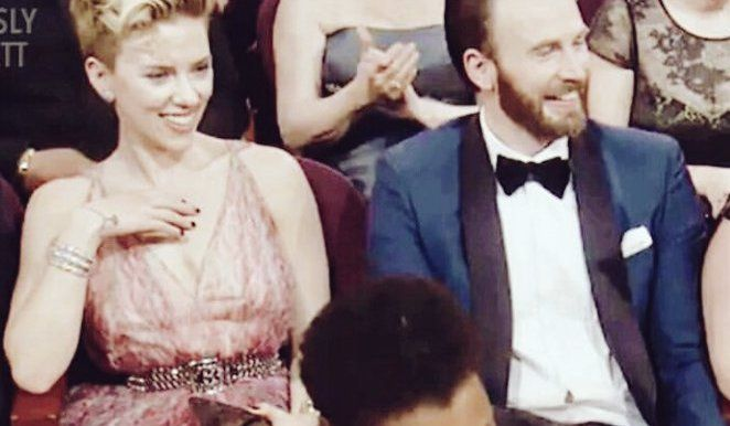 Scarlett Johansson And Chris Evans At The 2017 Oscars Romanogers Chris Evans Scarlett Johansson Romanogers Chris Captain America