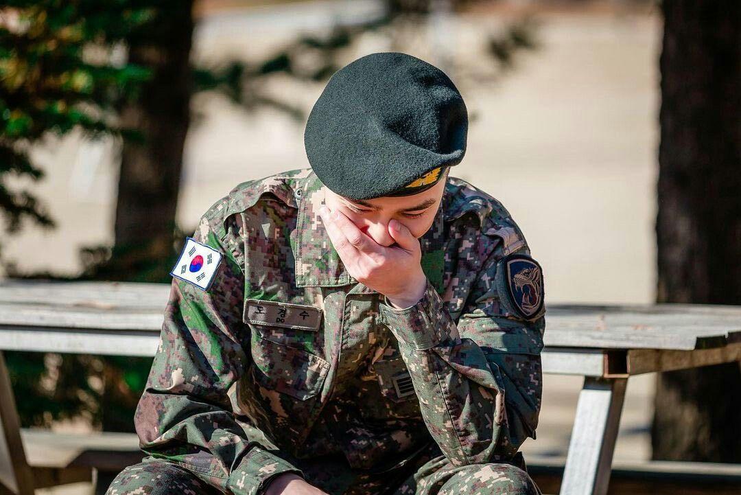 Pin Oleh Leanne Philip Di Military Service Di 2021 Suho Baekhyun Chanyeol