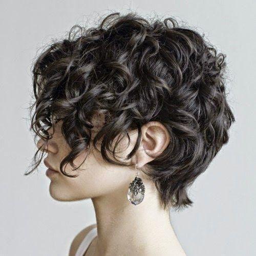 Fryzury 2020 Modne Loki I Fale Short Hair Styles Hair Styles Girls Short Haircuts