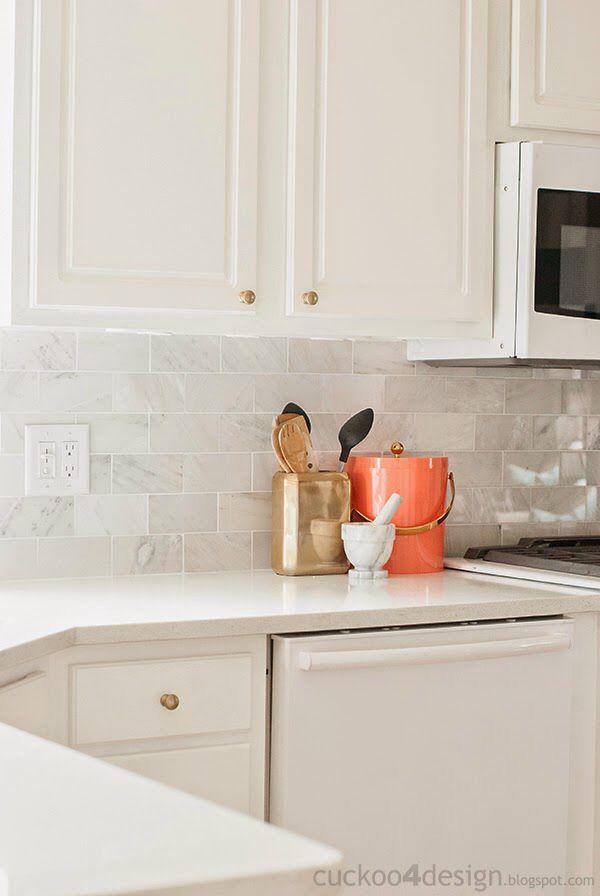 Carrera Marble Backsplash White Quartz Counter Champagne