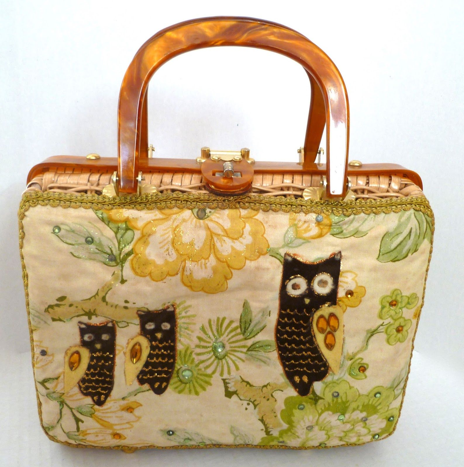 1960s Lily-Bet wicker purse with owls.