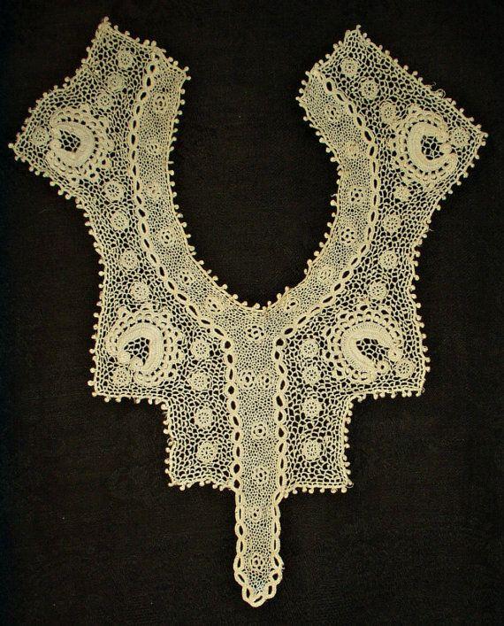 Antique Victorian Edwardian Irish Crochet Collar Lace Dress Front Piece