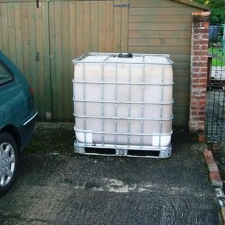 Cladding A 1000 Ltr 250 Gallon Ibc Water Tank Water Tank Cladding Gallon