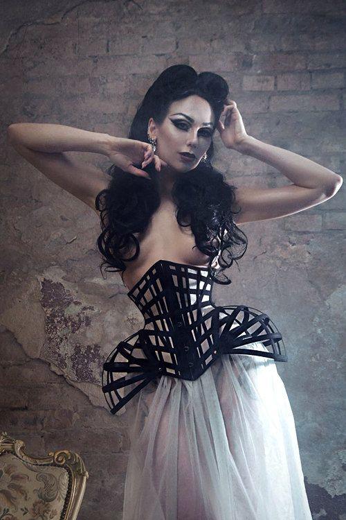 Unique Fetish Corset ~ Underbust Crinoline Corset ~ Gothic Steampunk Burlesque ~ Haute Goth Waist Cincher ~ Waist Training ~ Hip Fins Corset