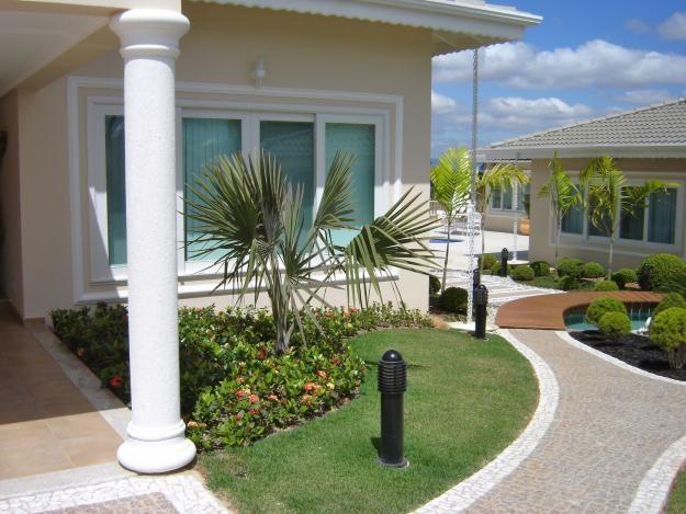Molduras para fachadas dream home pinterest molduras for Decoracion de jardines de frente de casas