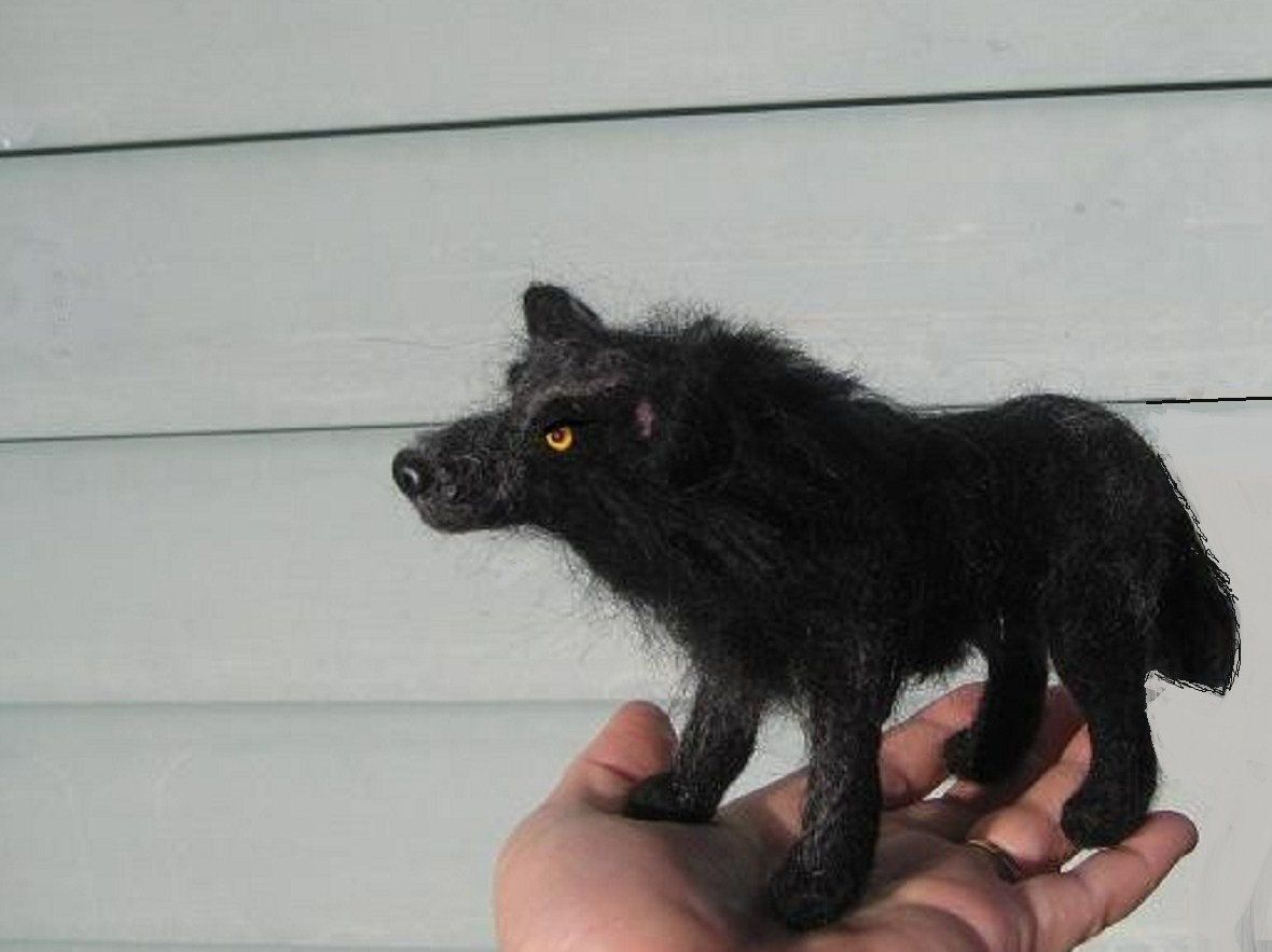 Aiguille à la main feutrée Animal Wolf Sculpture par l'artiste de fibre Gerry / collection Art / articulé Art Doll  #aiguille #animal #Art #articulé #Collection #Doll #feutrée #fibre #Gerry #l39artiste #main #par #sculpture #Wolf