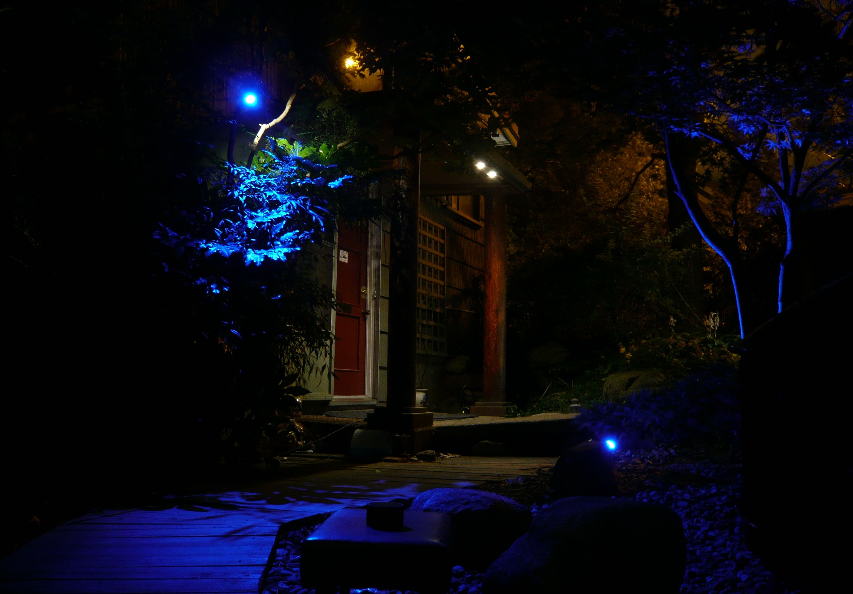 Solar Porch Lights Outdoor Lighting First System Every Light Has Its Own Array And Battery Bank