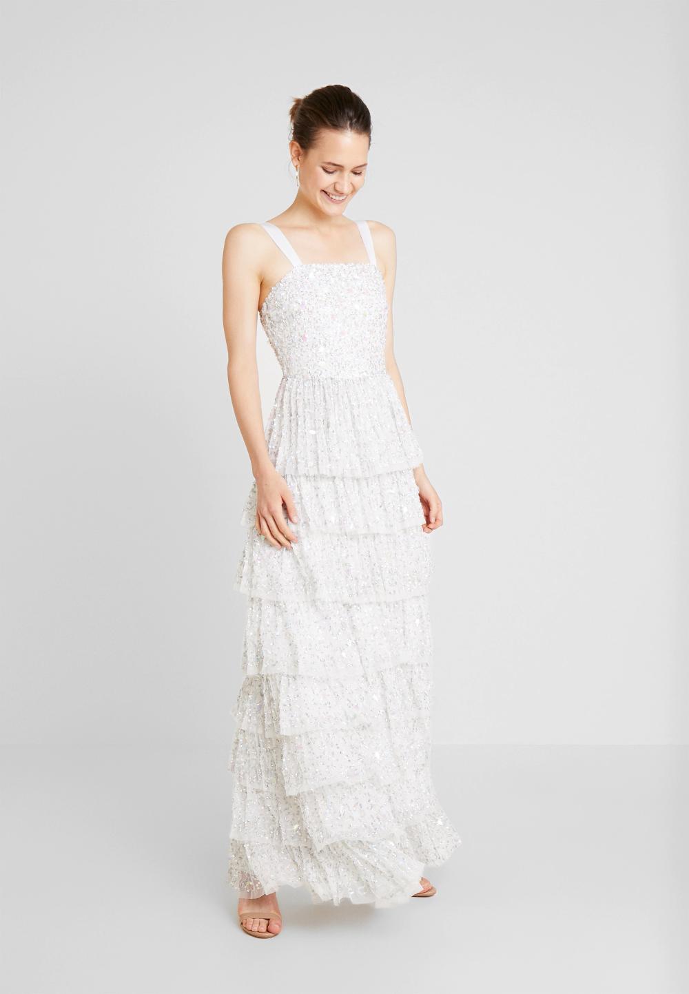 Maya Deluxe All Over Embellishedtiered Dress Suknia Balowa Ivory Zalando Pl Dresses Formal Dresses White Formal Dress