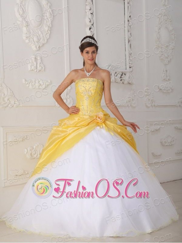 77539be6ca1 Modest Yellow and White Sweet 16 Dress Strapless Organza and Taffeta  Appliques and Hand Flower Ball