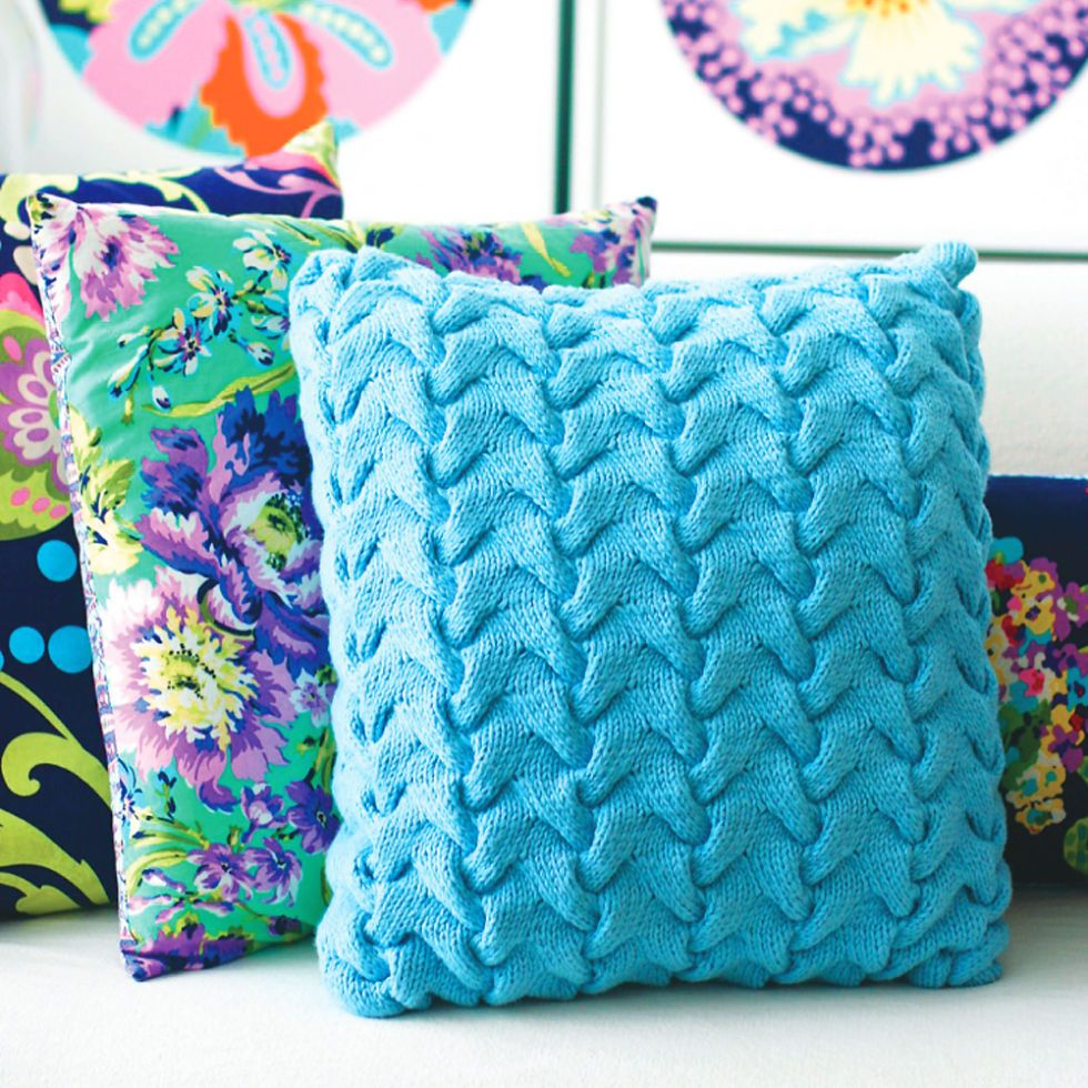 Competent with Cabling? Try This Funky Textured Cushion Cover ...