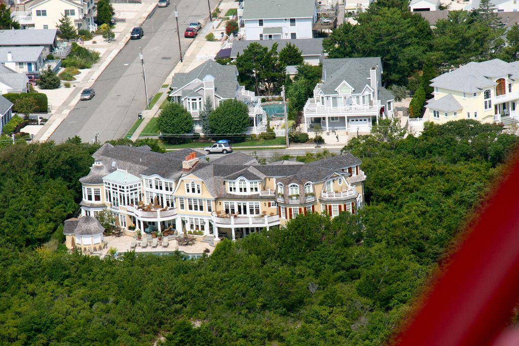 The Owner Of Utz S Potato Chips Beach House In Avalon Nj