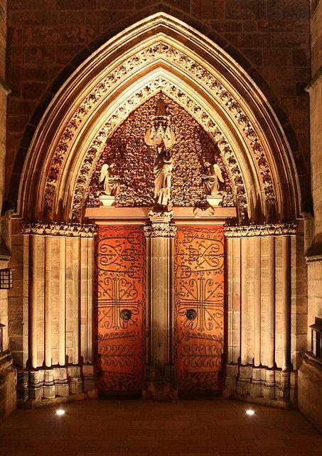 Portal of the Elisabethchurch at night, Marburg (Lahn), Germany