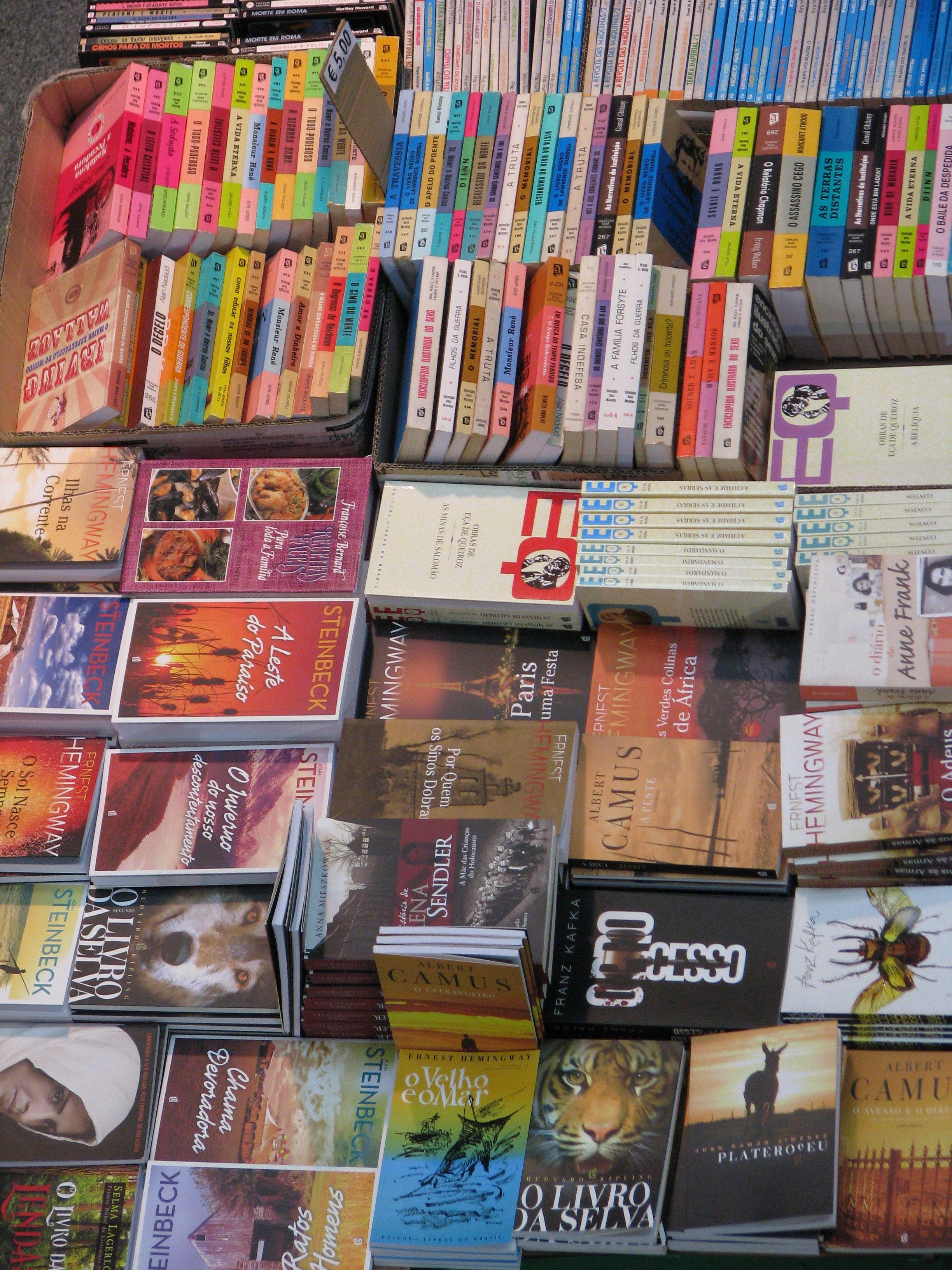 Des livres par livre ou par kilo
