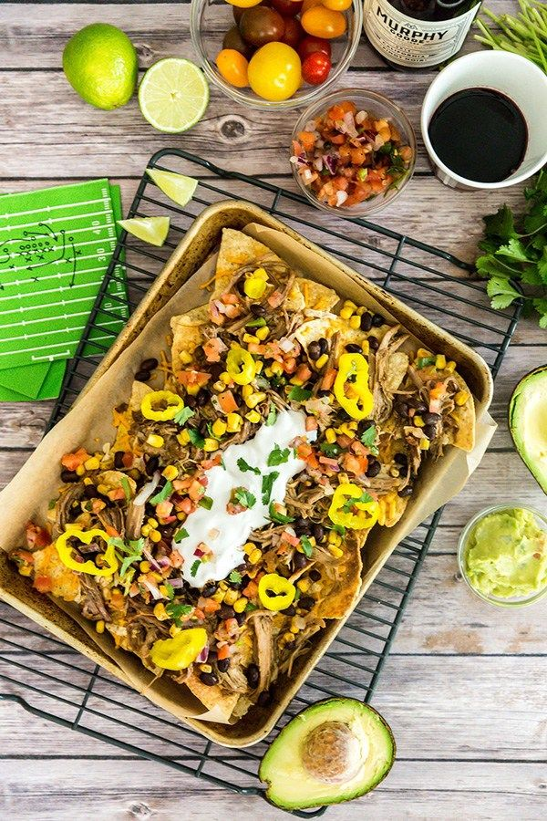 {Game Day} Football Party Menu #tacomacandcheese