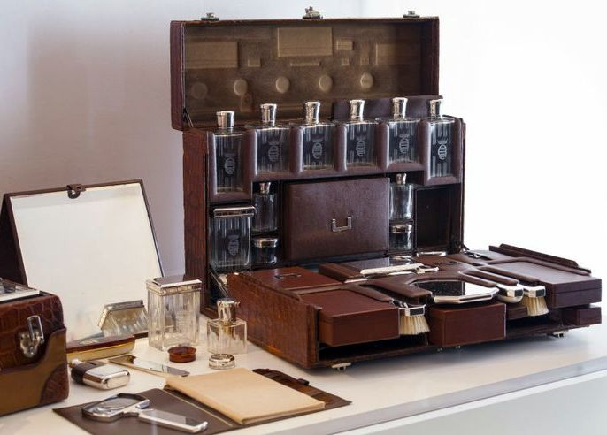 Valisettes Vanity Case - Cuir Cognac - Hermès pour Karen Blixen (Baronne Karen Von Blixen Finecke, née Karen Christentze Dinesen, Pseudonyme d'Ecrivain, Isak Dinesen, Out of Africa) - Années 30