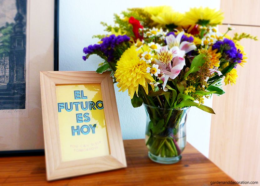Lovely flower arrangement with quote as decoration