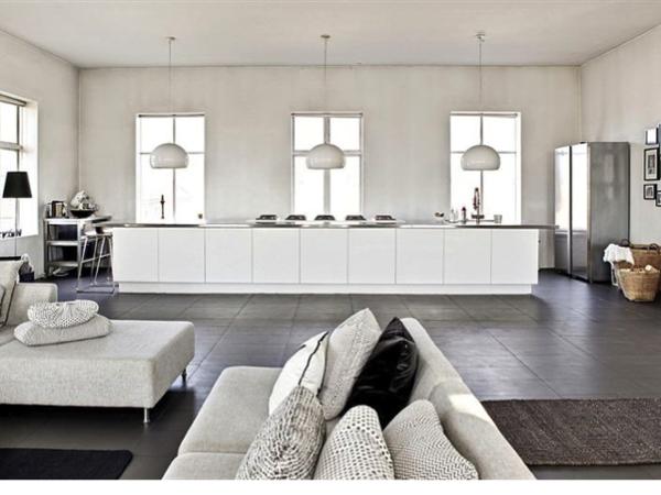 De keuken is het hart van het huis interieur design by for Huis en interieur