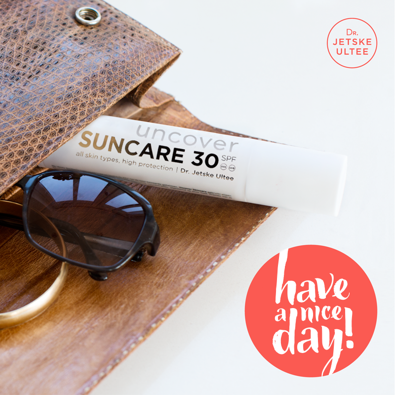 Dr. Jetske Ultee | Uncover Skincare | Suncare | Have a nice day! #photograph #sunglasses #bag