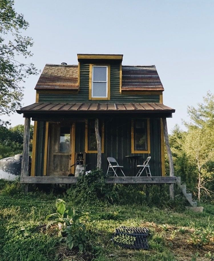 Shepherd Hut Floor Plans: Pin By Sam Zuckfink-witz On I Just Really Like Cabins In