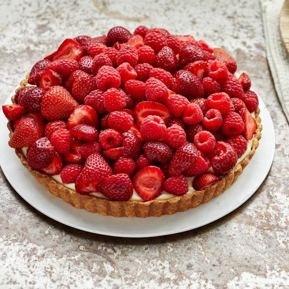 Martha's Fabulous Fruit Tart Makes The Most Of Juicy