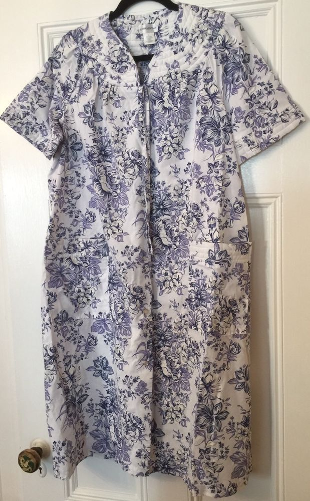 FUNDAMENTALS Women's Large White Blue Floral PEARL SNAP Robe Housecoat 2 Pockets  | eBay